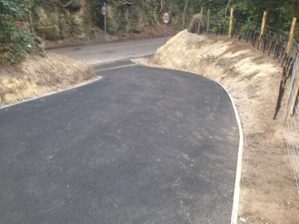 Project to Create New Entrance _ Tarmac Drive (3)