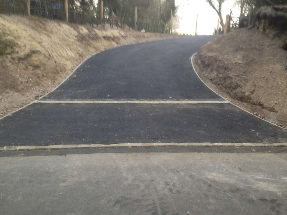 Project to Create New Entrance _ Tarmac Drive (4)