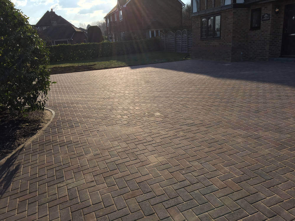newly-installed-block-paving-by-clarke-and-baker (5)