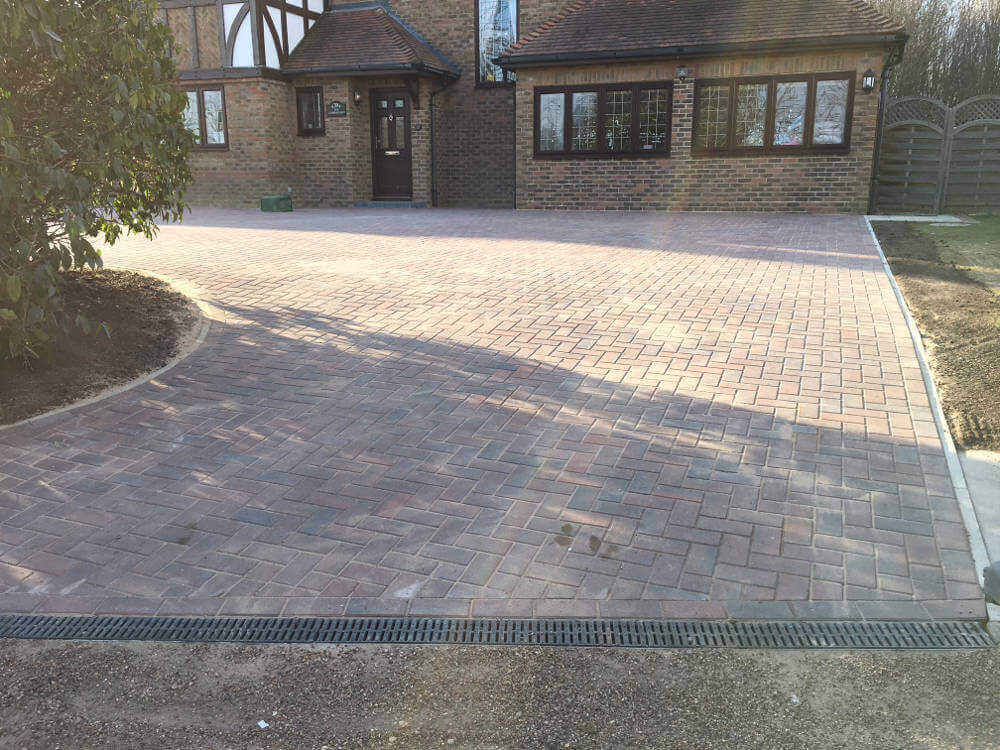 newly-installed-block-paving-by-clarke-and-baker (6)